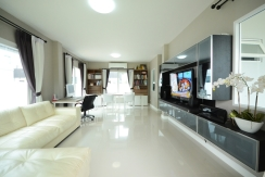 3 bedroom house for long term rent in Kok Keaw