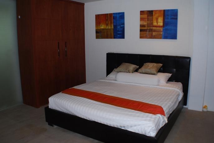 7 Bedroom