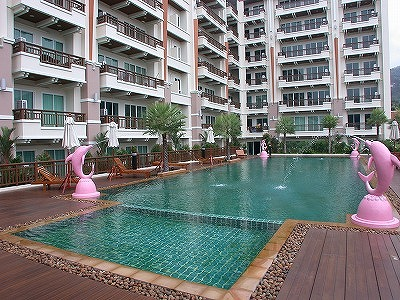 1 bedroom pool view condo for rent in Patong