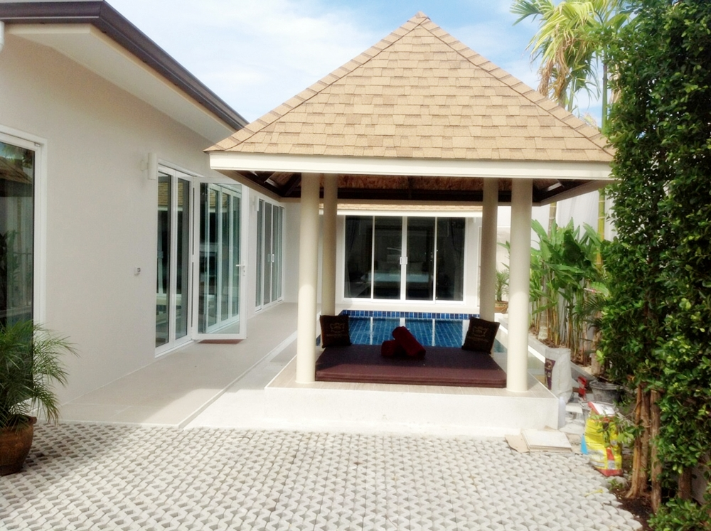 3 bedroom villa with pool for rent near Laguna Phuket