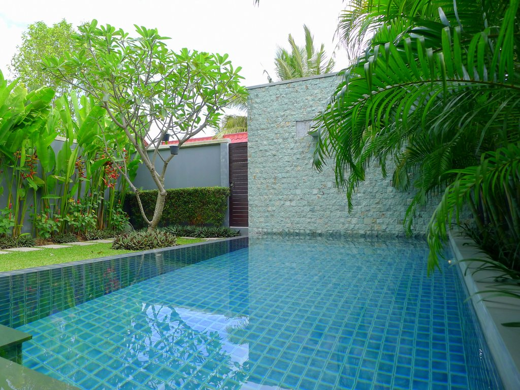 1 bedroom private pool villa in a secured resort at Nai Harn beach Phuket