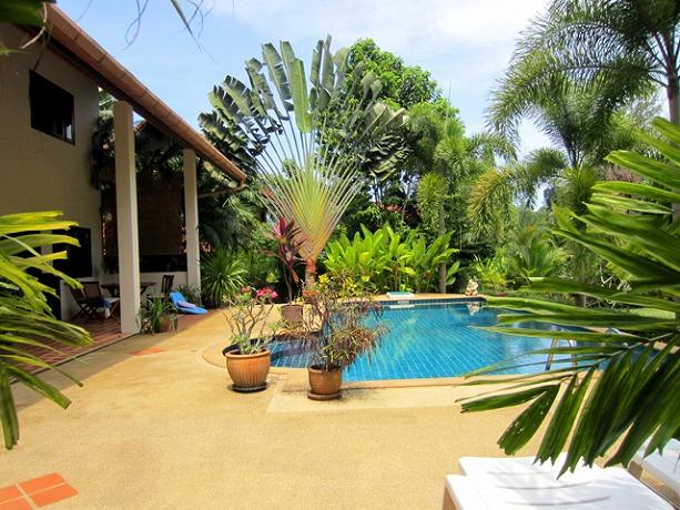 terrace_pool