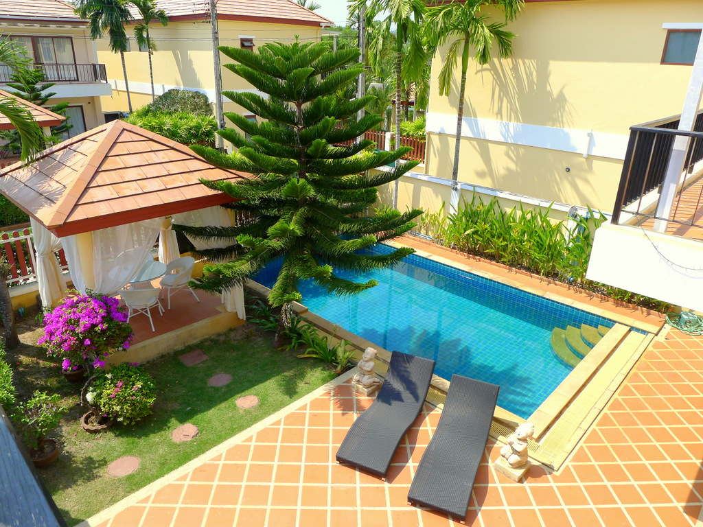 3 bedroom pool villa for rent in Layan Phuket