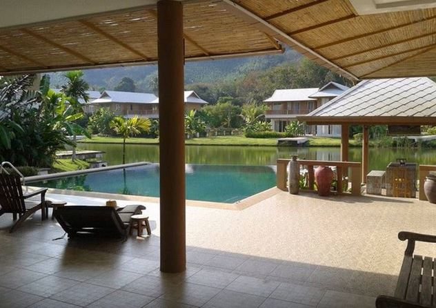5 bedroom villa less than 5 min drive to beach in Phuket