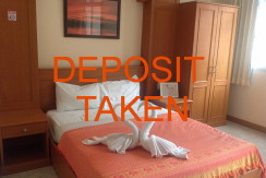 16 room guest house with bar and restaurant for rent in Patong