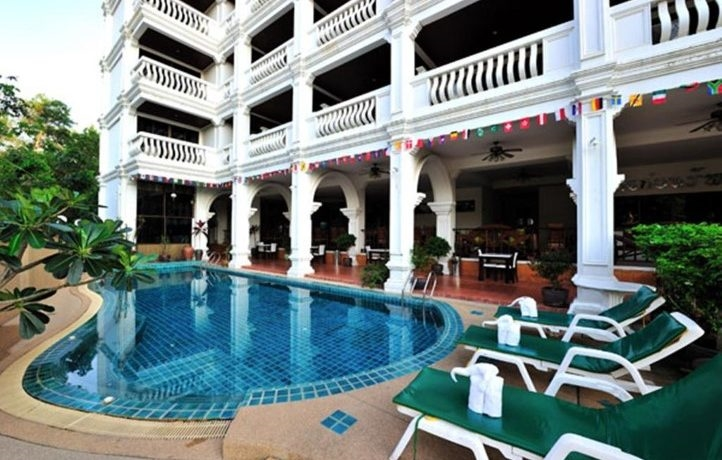 99 room hotel for lease in Patong