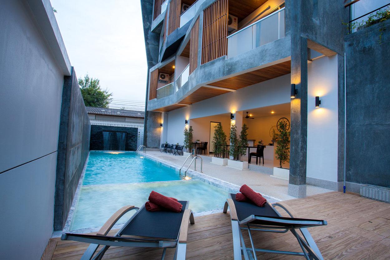 Modern hotel for lease in Phuket