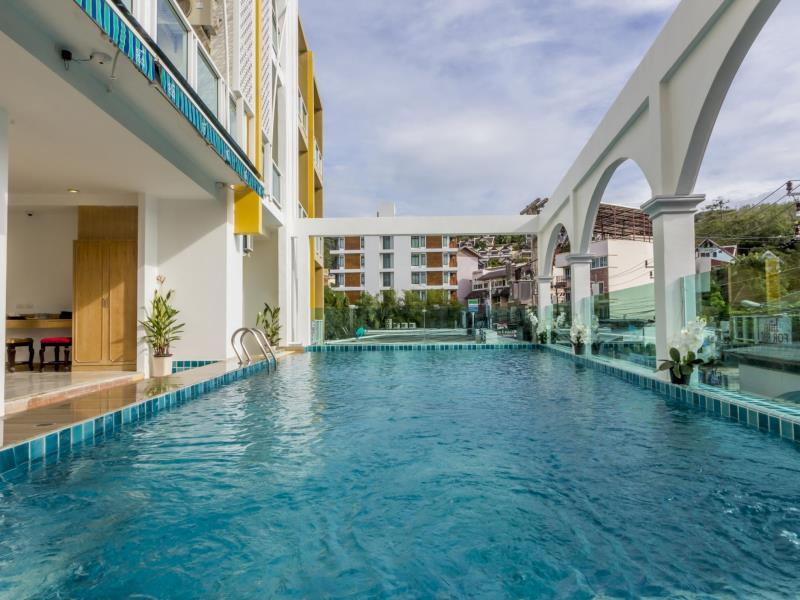 Brand new 46 room hotel for lease in Patong