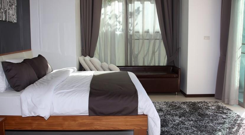 Master bedroom 014