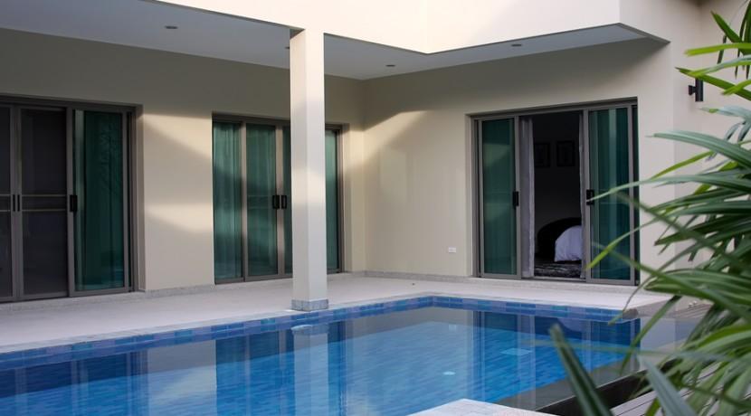 Pool area 007