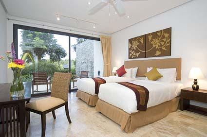 12 Bedroom4d