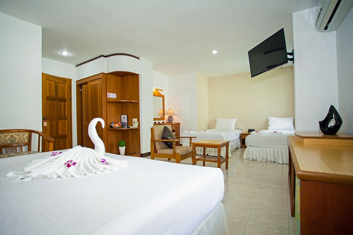 Boutique hotel for lease just 350m to bangla road aqua for Boutique hotel group