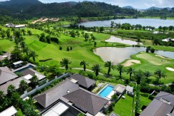 4 bedroom villa for sale directly on Loch Palm golf course