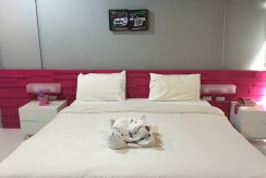 19 room guest house with bar & restaurant for rent in Patong
