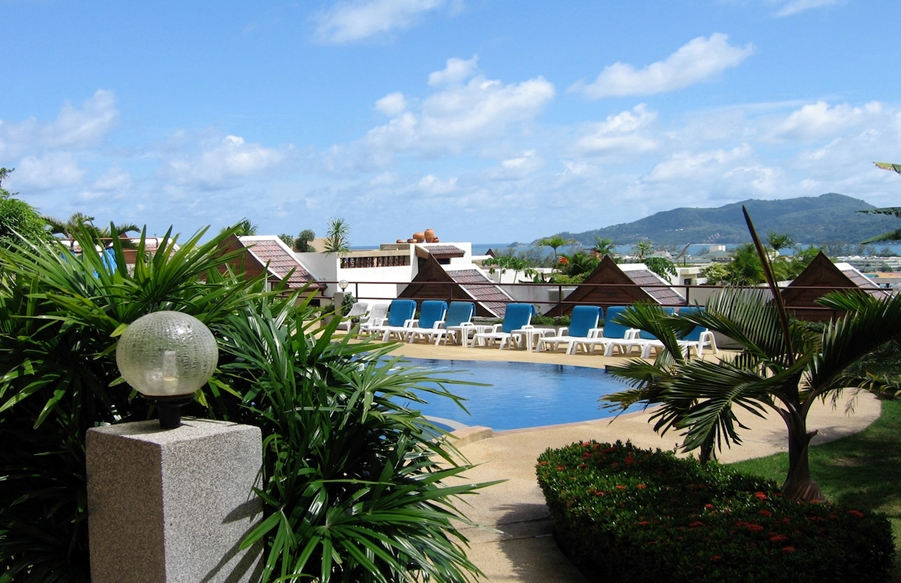 2 Bedroom Apartment for rent 5 minute drive to Patong Beach
