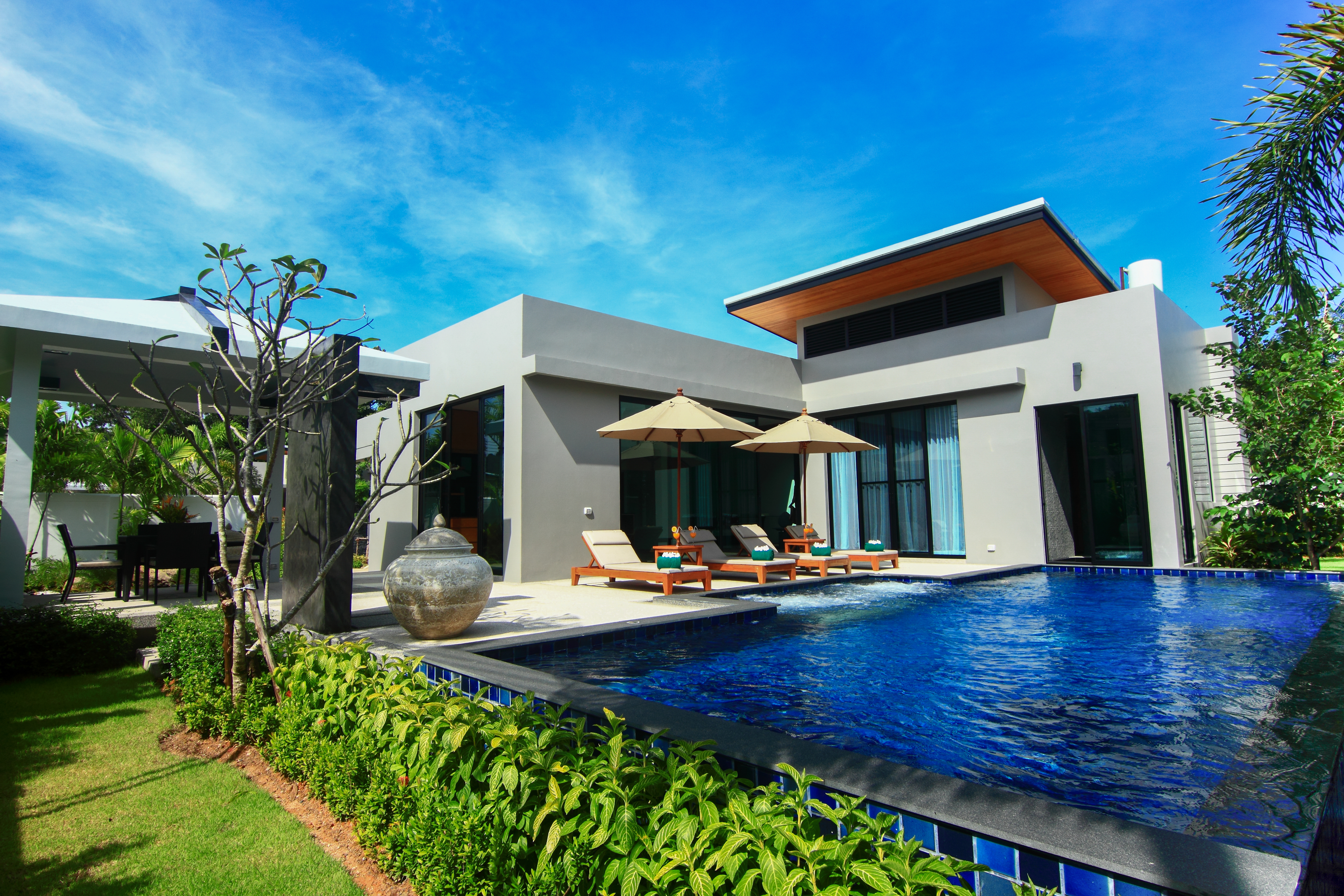 Modern Zen 3 Bedroom Pool villa in Nai Harn