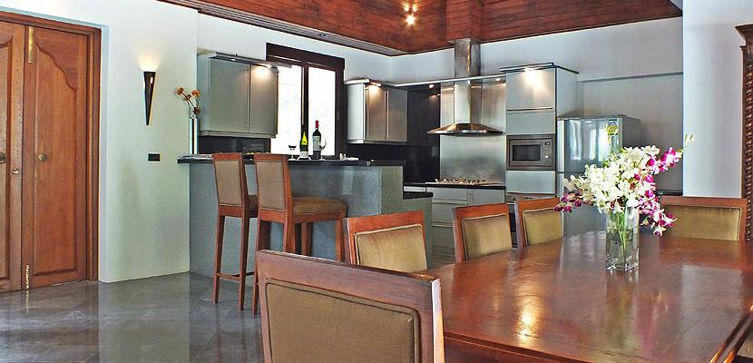 14. Surin Seven - Kitchen Dining B