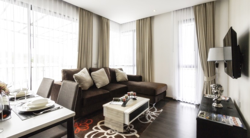 RE 72 sqm 2 BDR Living and dining 2