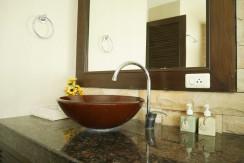 a2-bath1