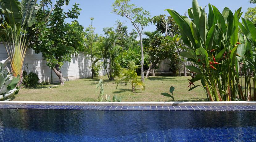 a6-pool_garden