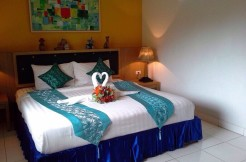 Guest house with bar 400m to Patong beach