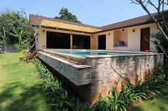 Pool Villa 4 Bedroom on 1,000 Sqm Land Plot for Long term rent