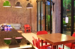 Modern guest house with bar in Patong
