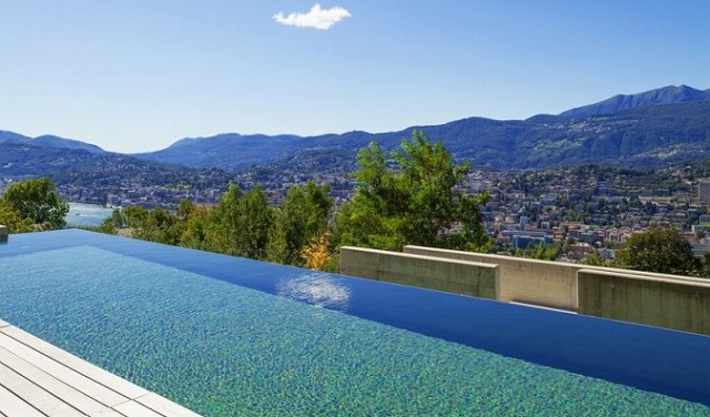 villa-infinity-swimming-pool-min-e1444585749687