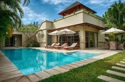 Luxury 3 bedroom pool villa 800 meters to Bang Tao beach