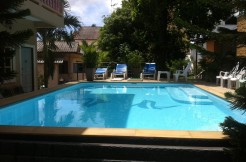 Small guest house in Patong with swimming pool