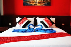 15 room guest house in Patong for lease