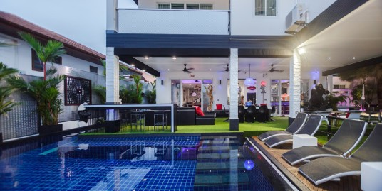 A unique 7 bedrooms Pool Villa with Sea View for Sale 35 MTHB