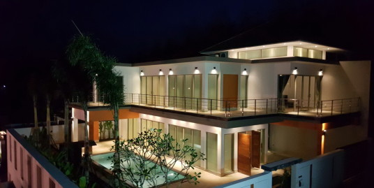 Modern villa with pool for sale in Cherngtalay
