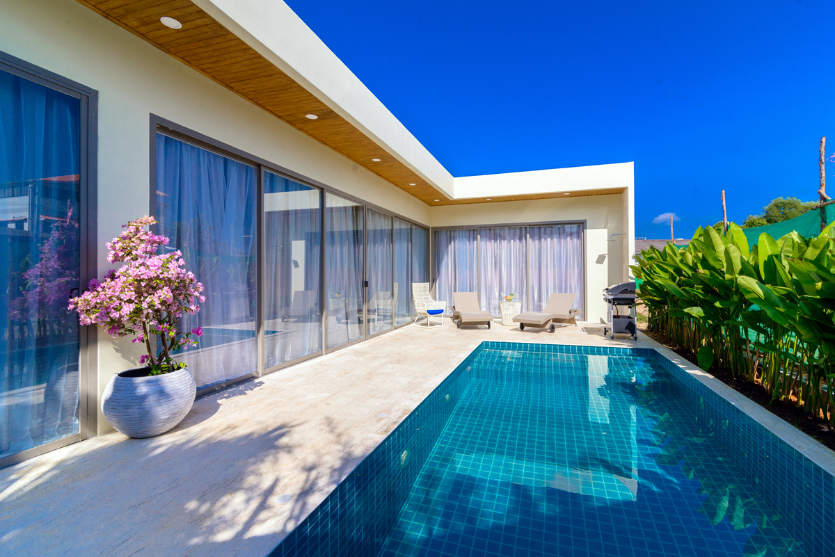 2 Bedroom Pool Villa for sale only 800 m to Rawai Beach