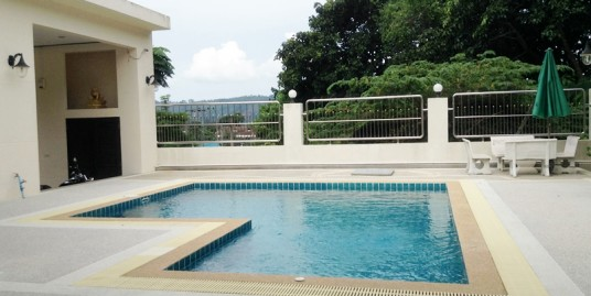 6 Bedrooms Pool Villas for Sale in Kathu near Golf Courses