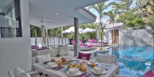 Geogeous 3 Bedroom Pool Villa for Rent in Nai Harn Beach