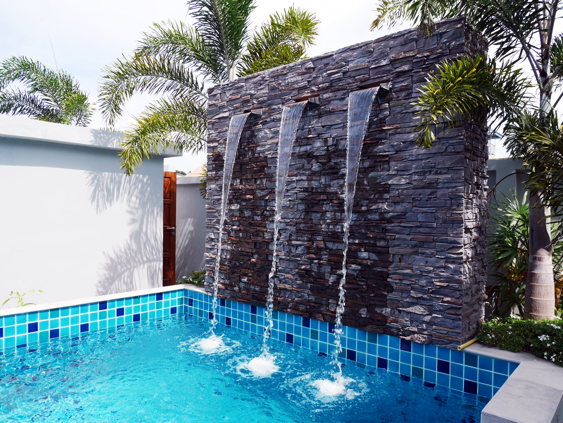 Lovely Private Pool Villa 2 Bedroom for Rent in Rawai