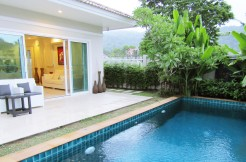 2 Bedroom Pool Villa with Beautiful Spa Bath for Long Term Rent in Chalong