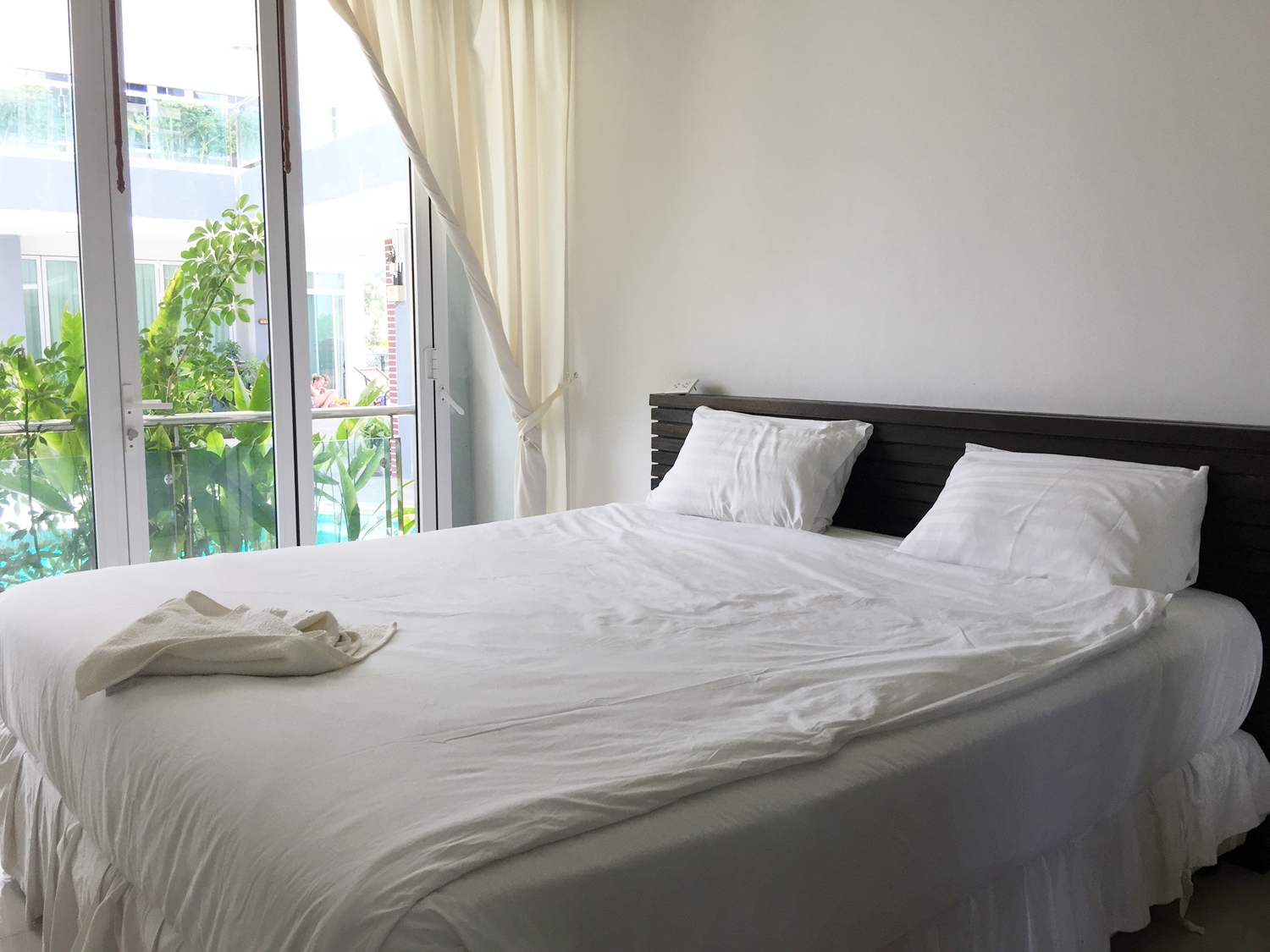 Unique boutique hotel in phuket for lease aqua property for Boutique hotel group