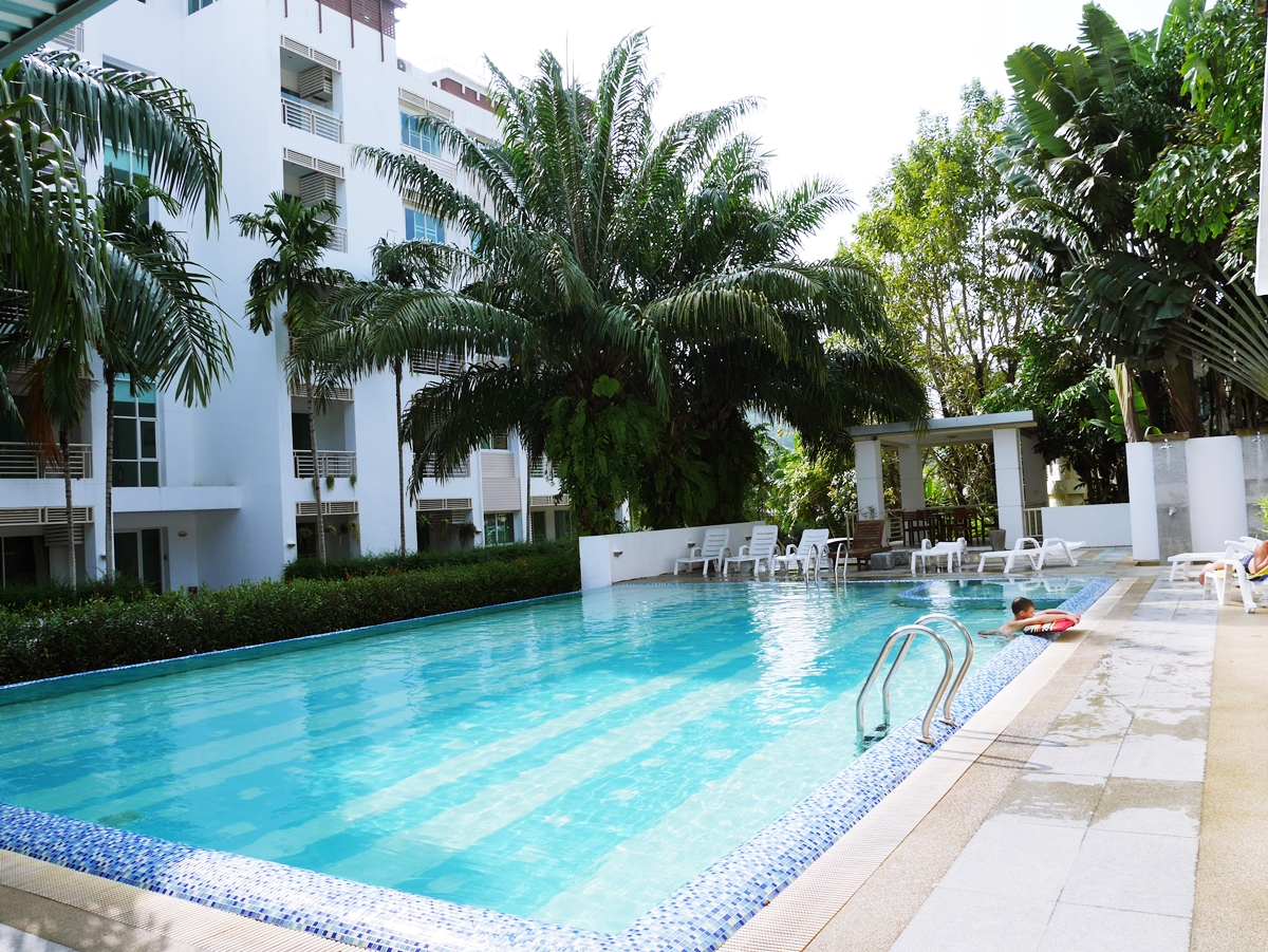 FREEHOLD Apartment 1,2 and 3 Bedroom Only 5 Minute drive to Kamala Beach