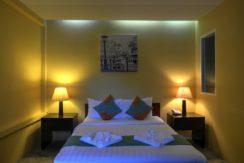 Standard-Room-Queen-004-1