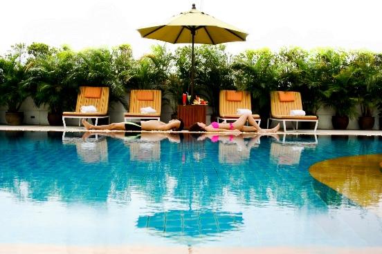 Swimming-Pool_Bangkok-Hotel-Lotus-Sukhumvit