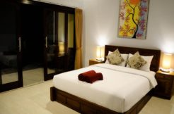 16 room guest house with lift for rent in Patong