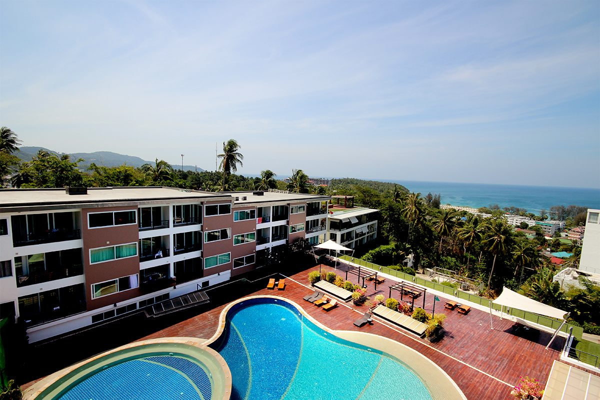 Sea View 2 Bedroom apartment 15 minutes walk to Karon Beach