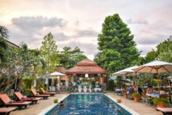 Highly rated profitable boutique resort in Phuket 5 mins to Nai Harn beach