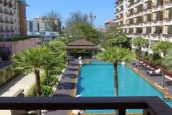 1 Bedroom apartment Pool View for rent in Centre of Patong