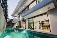 4 Bedroom Pool Villa 5 minutes drive to Kamala Beach-Long term rental