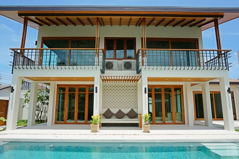Brand New Sea view 3 bedroom villa for sale in Rawai Phuket