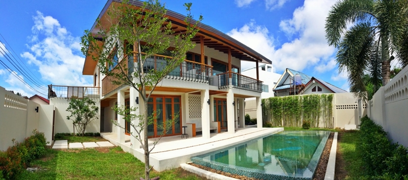 Sea View 3 bedroom Pool Villa for rent in Rawai Phuket