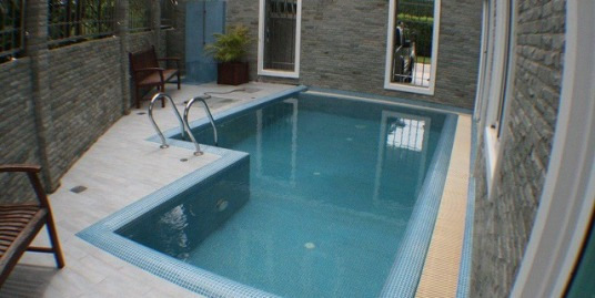 4 bedroom villa with pool for rent in Kok Keaw Phuket